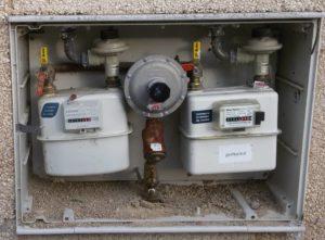 Acometida de agua fría en instalaciones de fontanería en viviendas unifamiliares