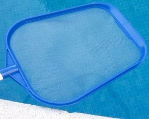 Recogehojas piscina